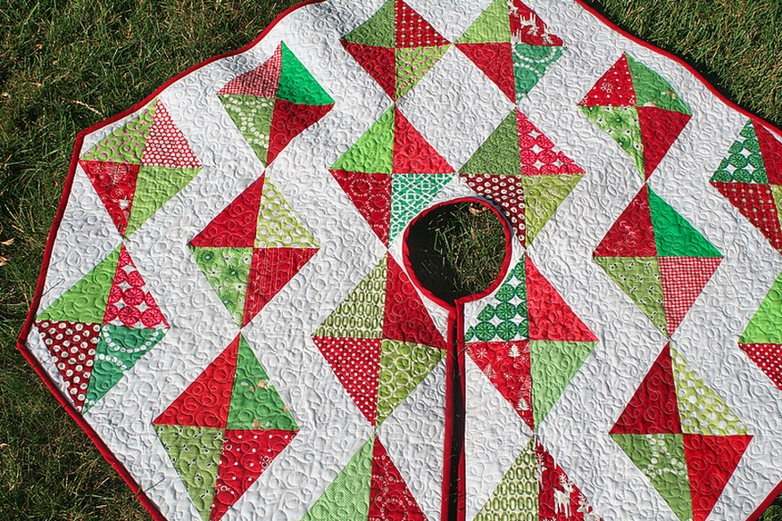 Picture of: Diamond Quilt Pattern Red
