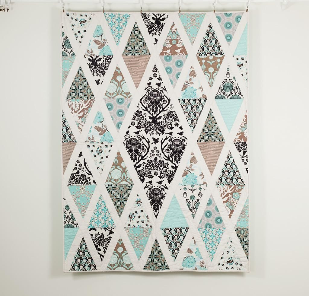 Image of: Diamond Quilt Pattern Small