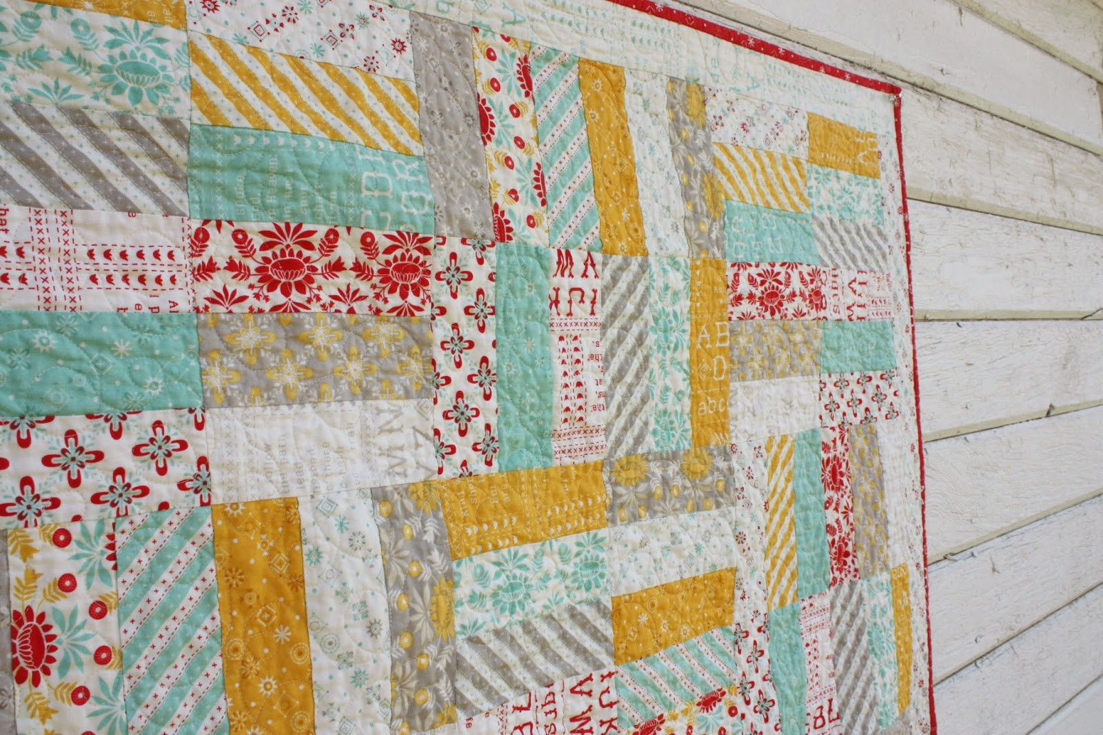 Image of: Easy Jelly Roll Baby Quilt