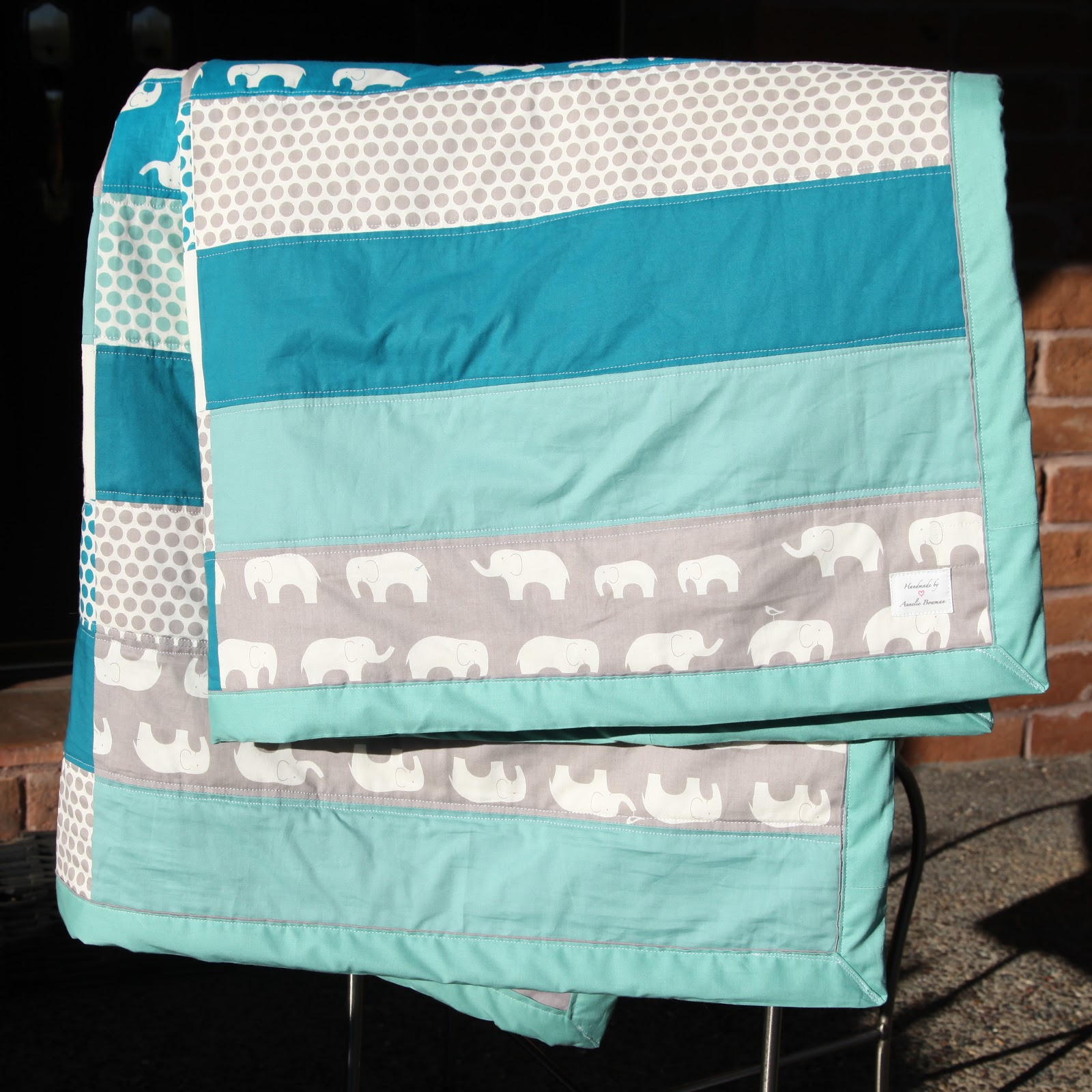 Image of: Elephant Baby Quilt Bed
