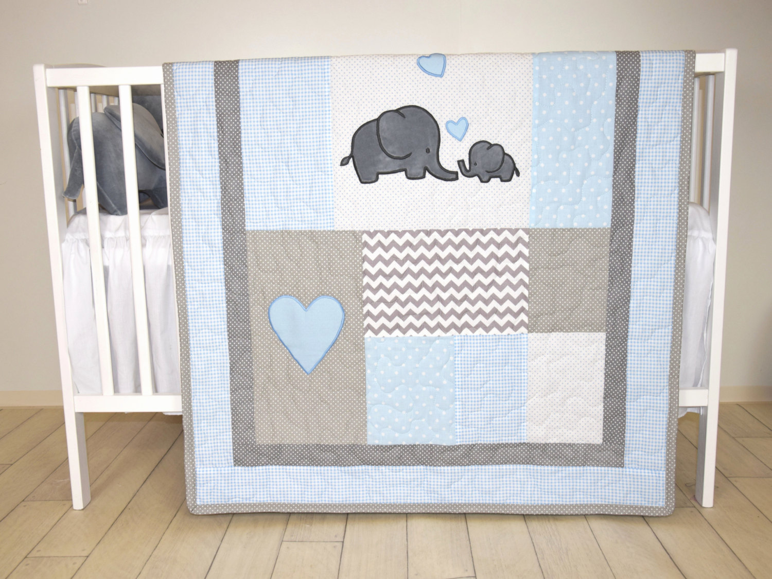 Image of: Elephant Baby Quilt Blue