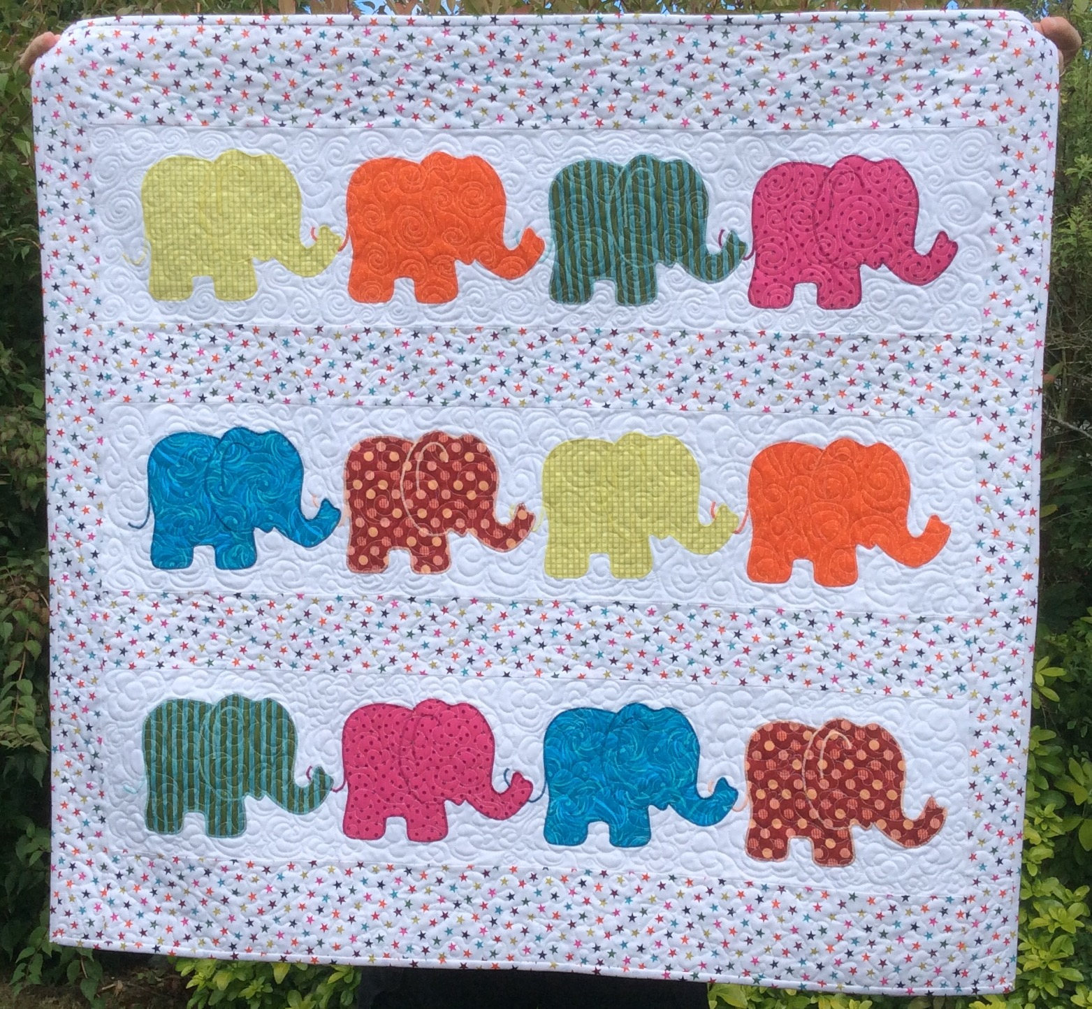 Image of: Elephant Baby Quilt Handmade