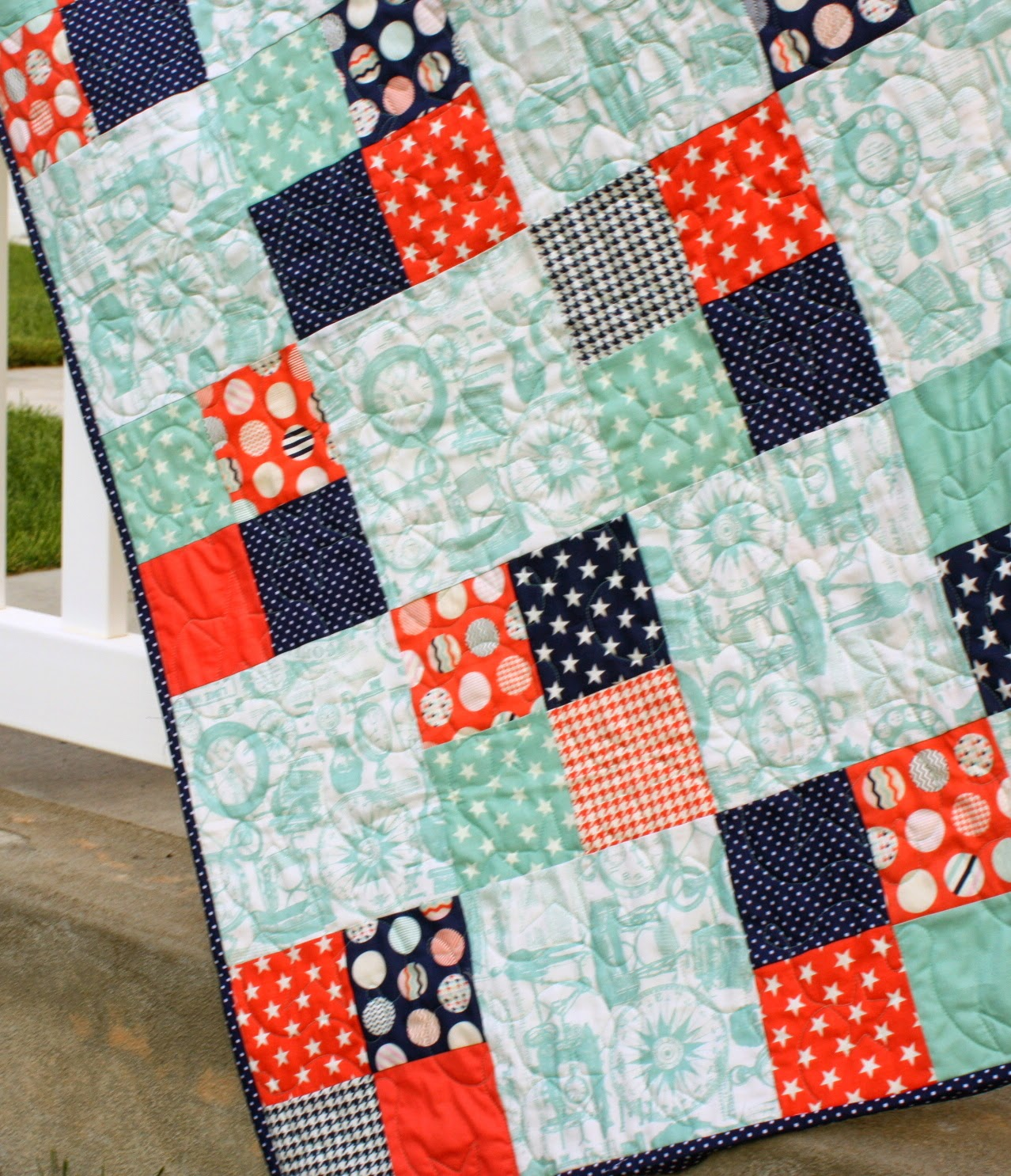Image of: Free Charm Pack Baby Quilt