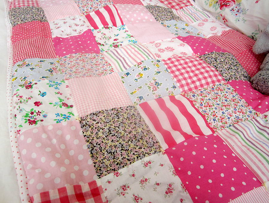 Image of: Girls Quilted Baby Blanket