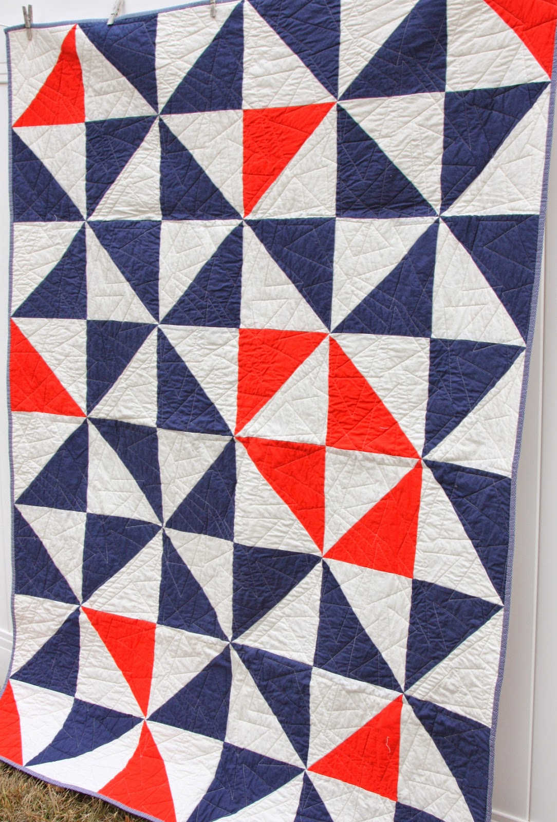 Image of: Half Square Triangle Quilt Patterns