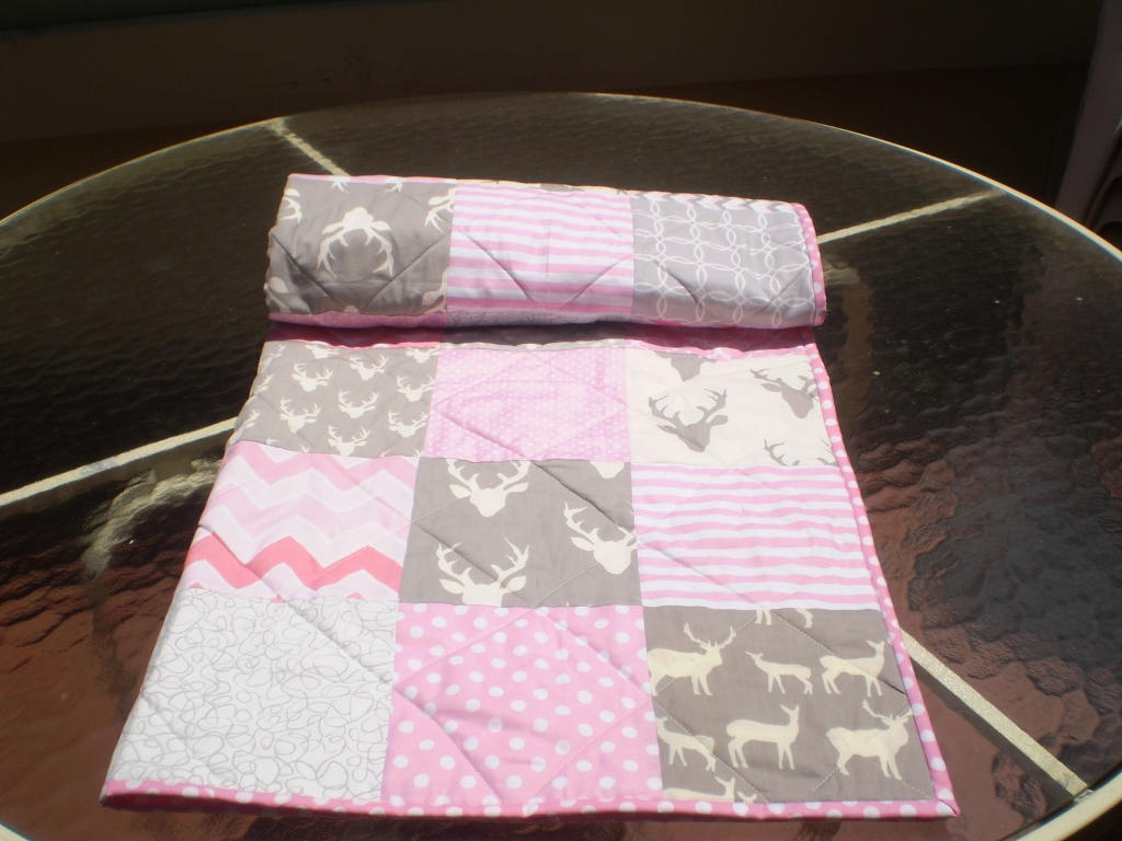 Image of: Handmade Baby Quilts Soft Pink