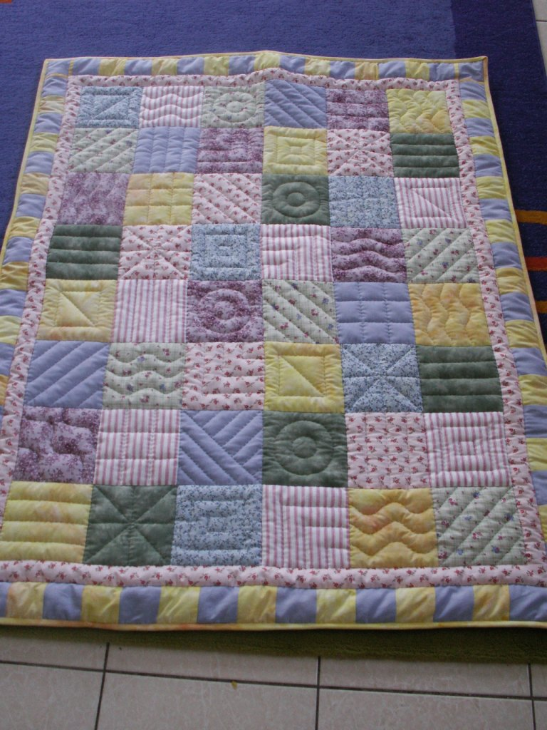 Image of: Interest Baby Quilts