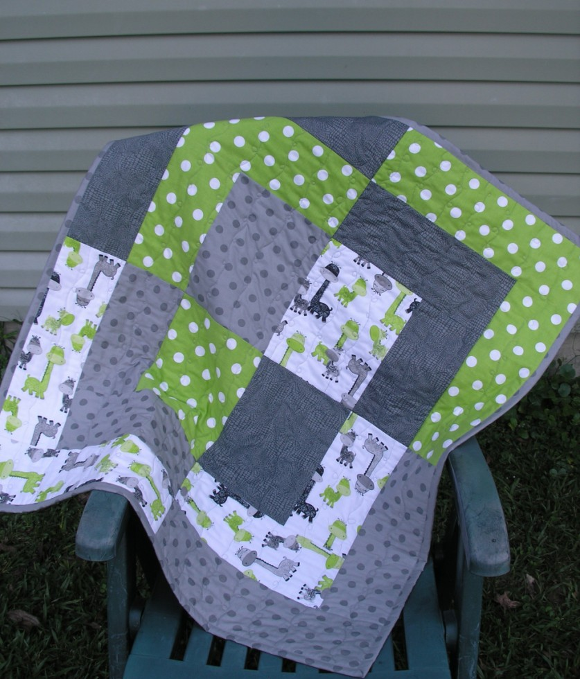 Image of: Large Baby Boy Quilt Ideas