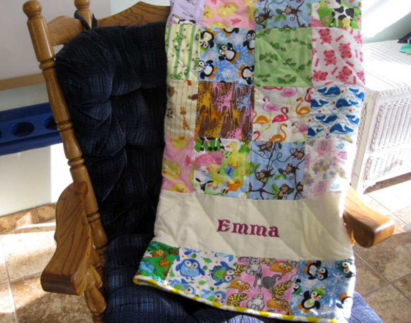 Picture of: Lovely Homemade Baby Quilts