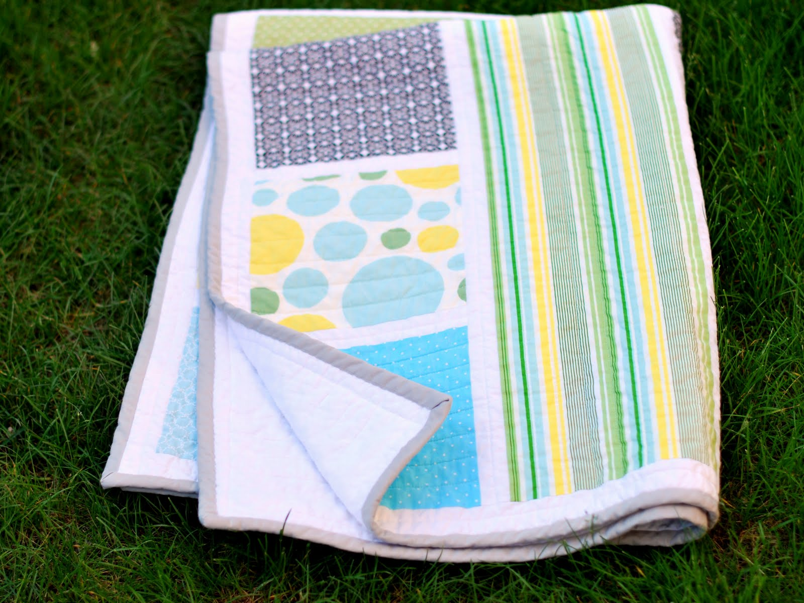 Image of: Modern Baby Quilt Book
