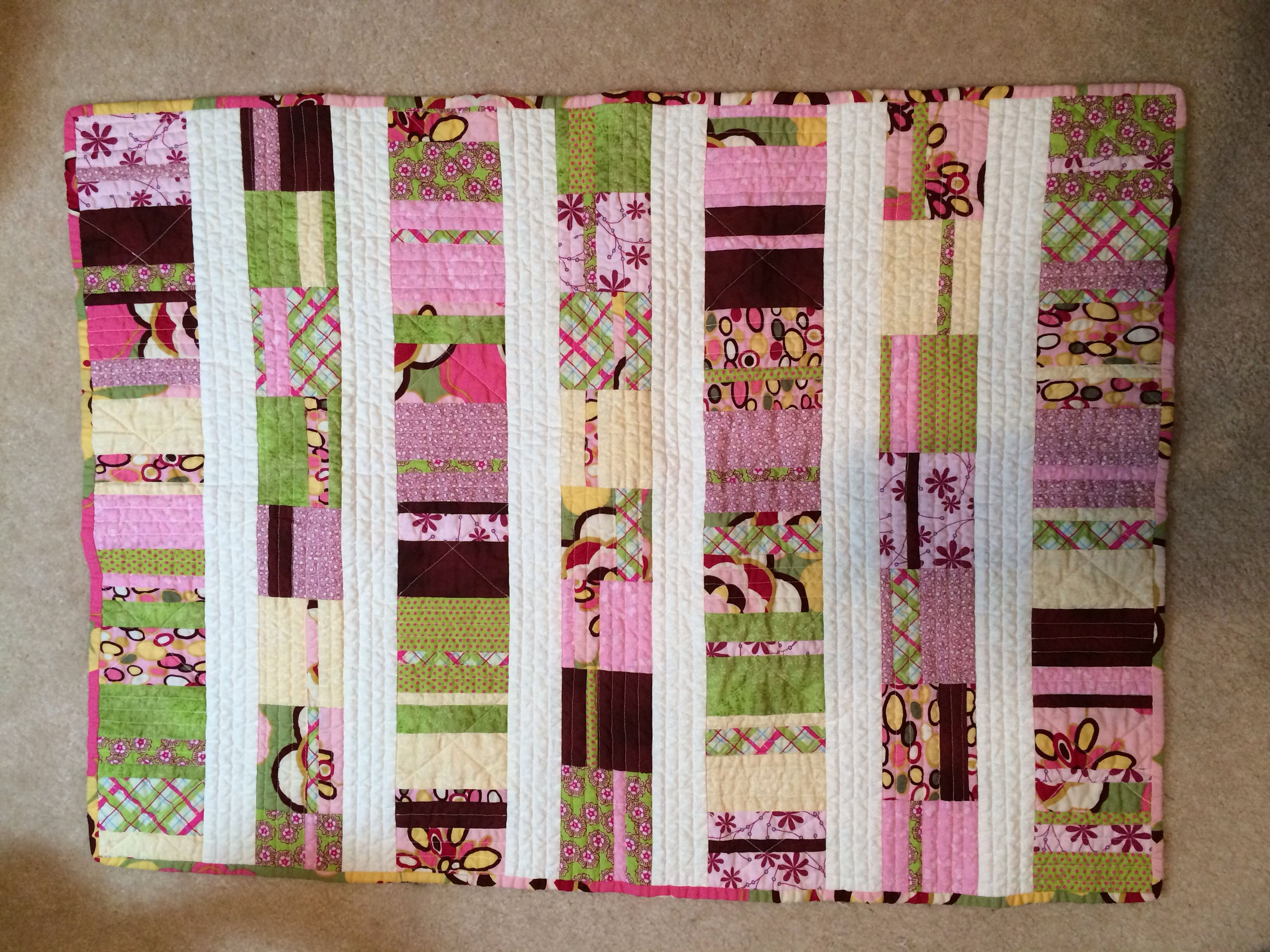 Image of: Modern Baby Quilt Patterns Free