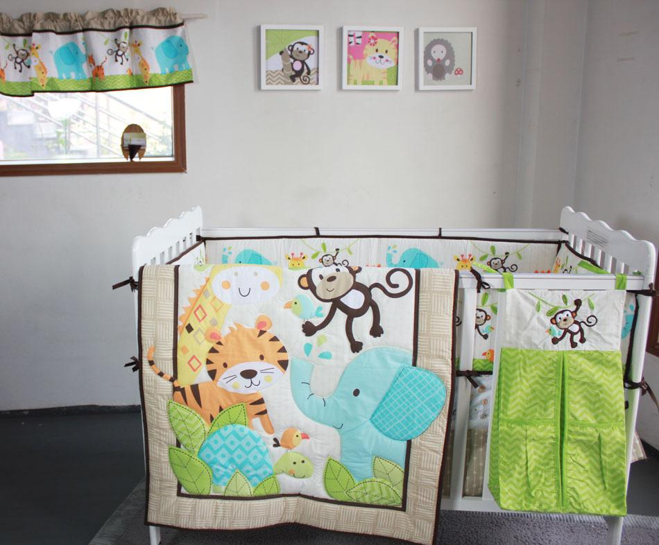 Image of: New Applique Baby Quilt