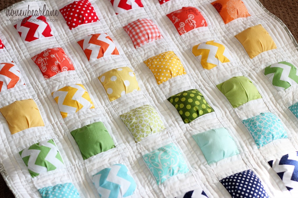 Image of: New Charm Pack Baby Quilt