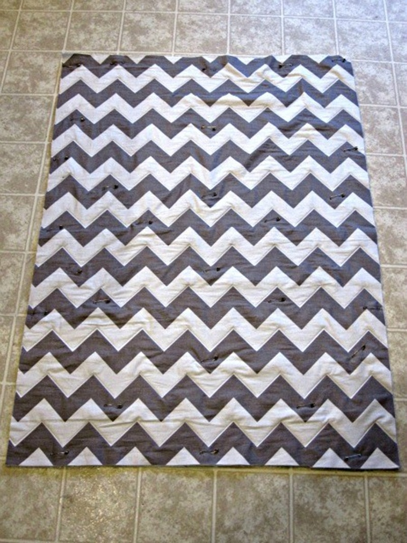 Image of: Nice Chevron Quilt Pattern