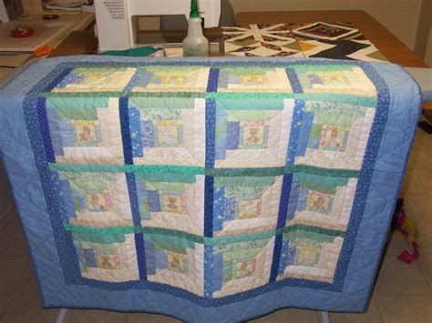 Picture of: Nice Log Cabin Quilt Pattern