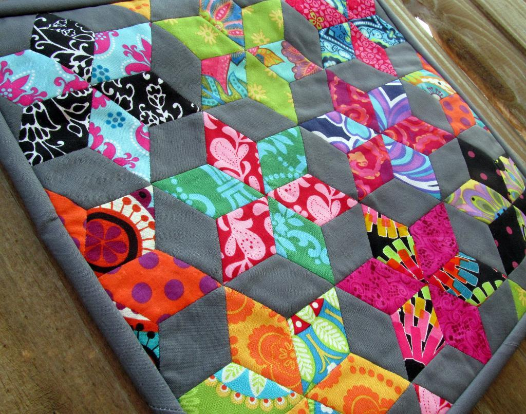 Image of: Paper Pieced Quilt Patterns Creative