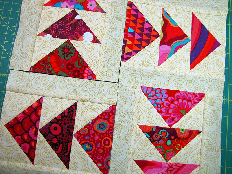 Image of: Paper Pieced Quilt Patterns Ideas