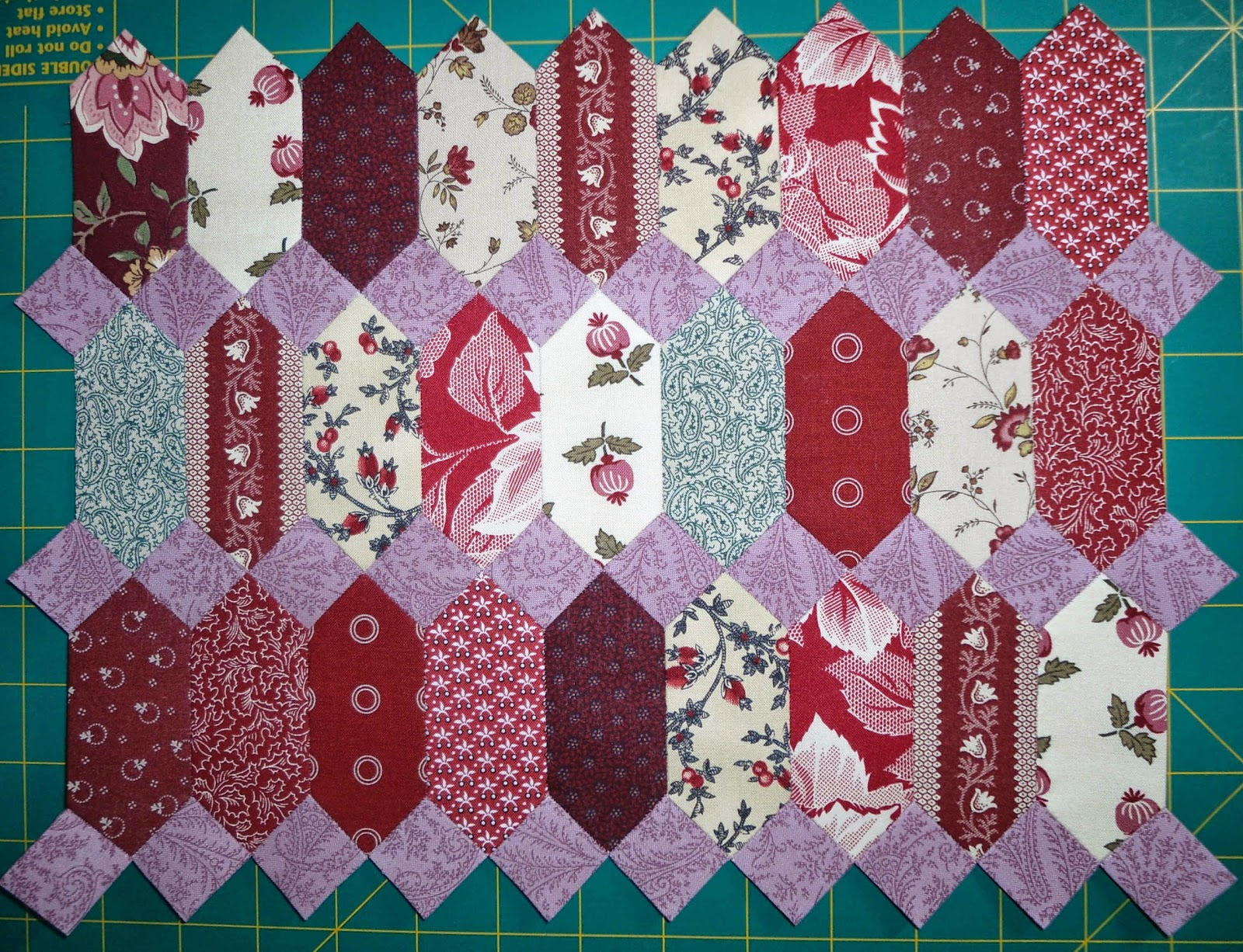 Image of: Paper Pieced Quilt Patterns Innovation