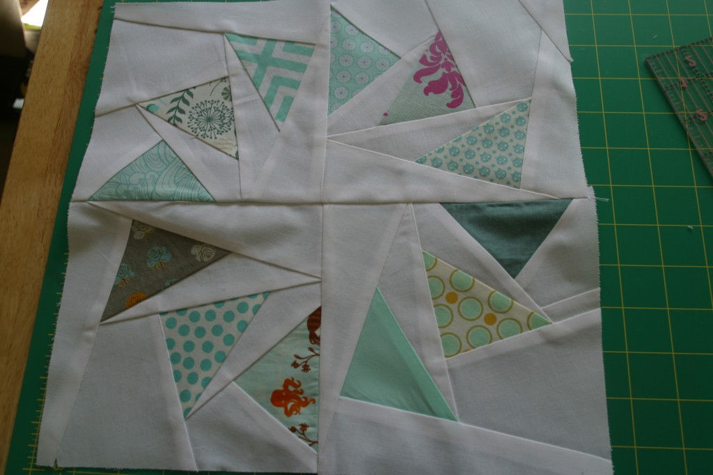 Image of: Paper Pieced Quilt Patterns Simple