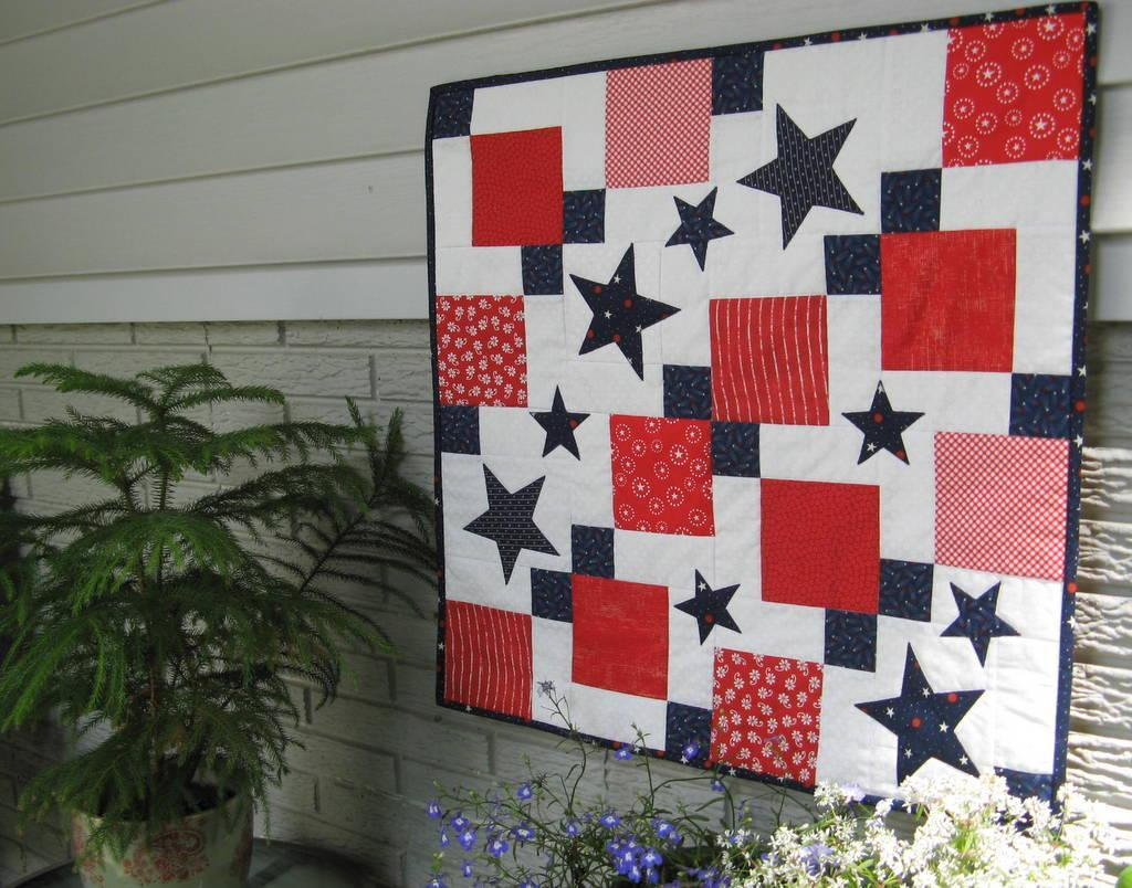 Image of: Patriotic Quilt Patterns Ideas