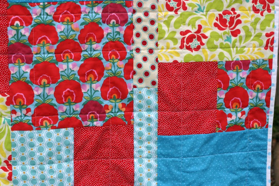 Image of: Picture Fat Quarter Baby Quilt