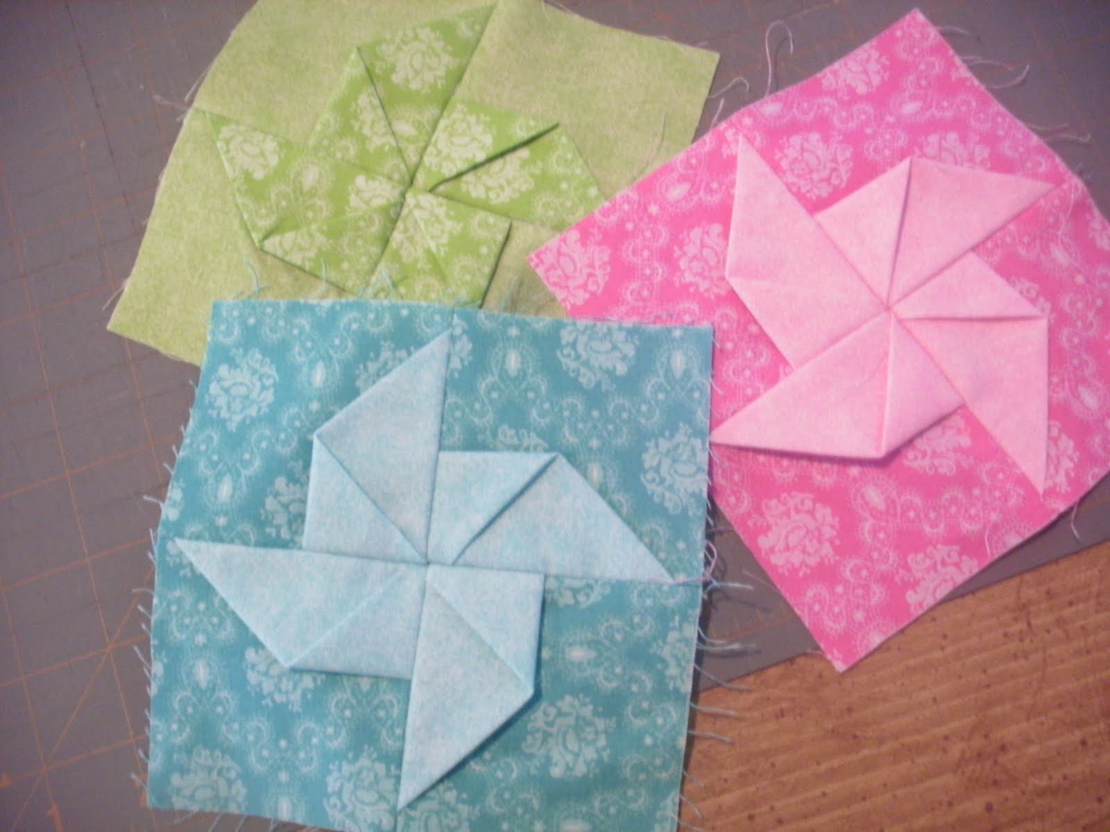 Image of: Pinwheel Quilt Pattern Color