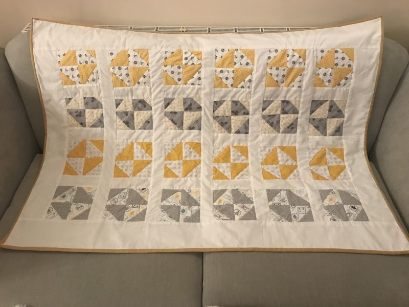 Image of: Pinwheel Quilt Pattern Home