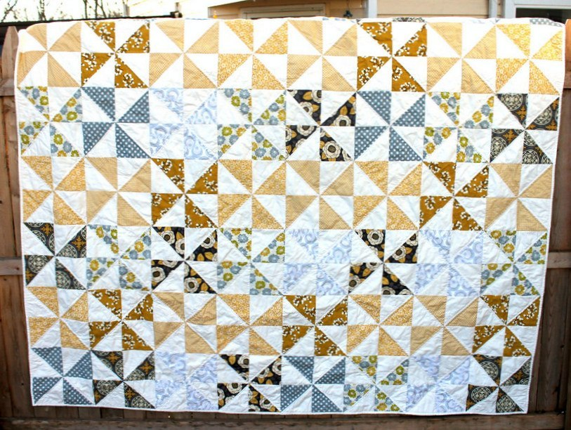 Picture of: Pinwheel Quilt Pattern Style