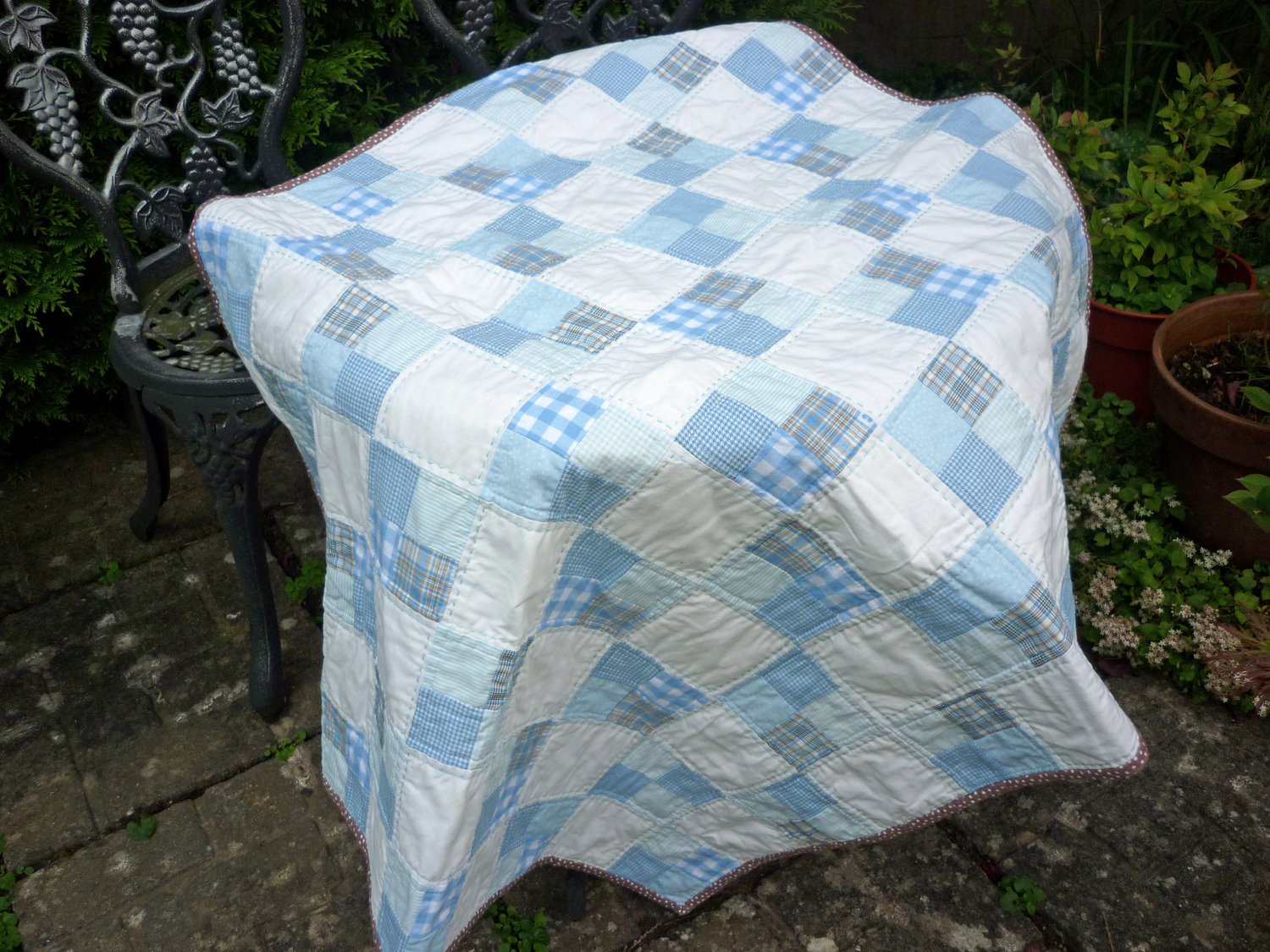 Picture of: Popular Simple Baby Quilt