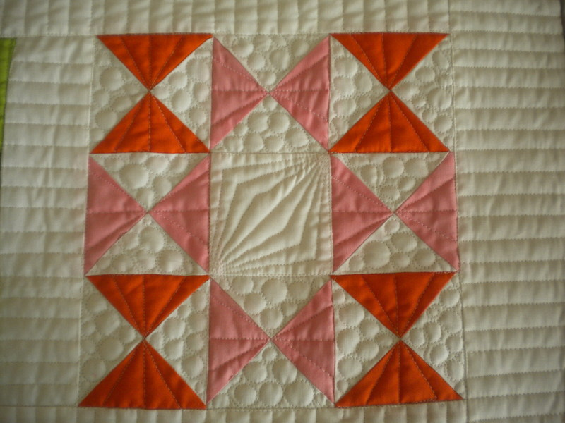 Image of: Qarter Square Triangle Quilt Patterns