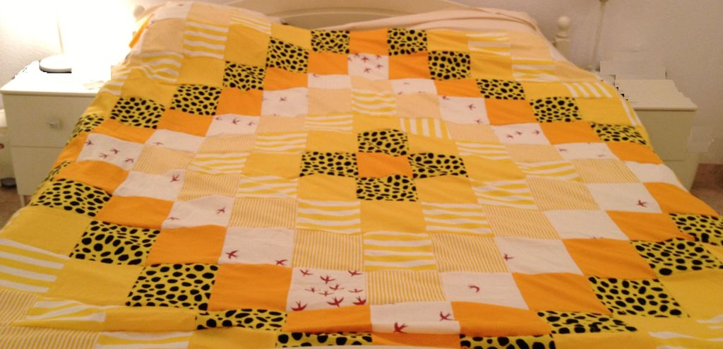 Image of: Quilt Square Patterns Yellow