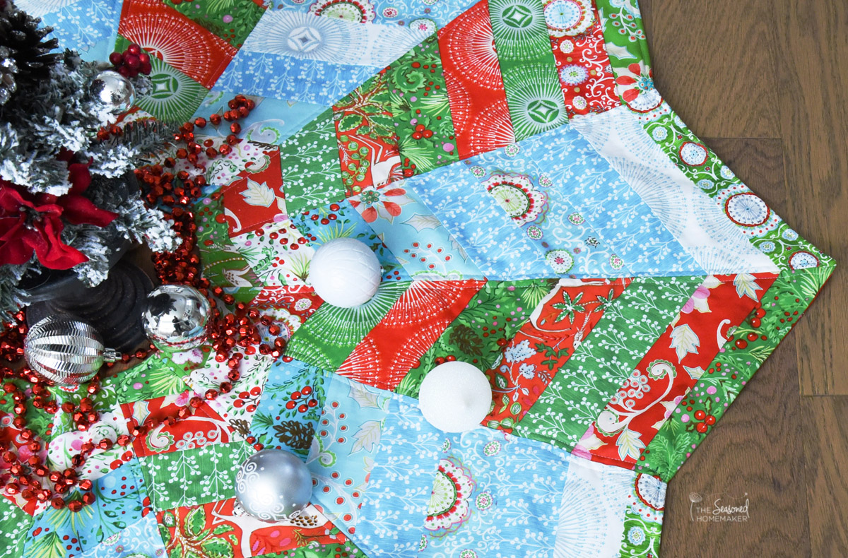 Image of: Quilted Tree Skirt Pattern Color