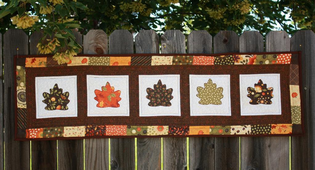 Picture of: Quilted Wall Hanging Patterns Autumn
