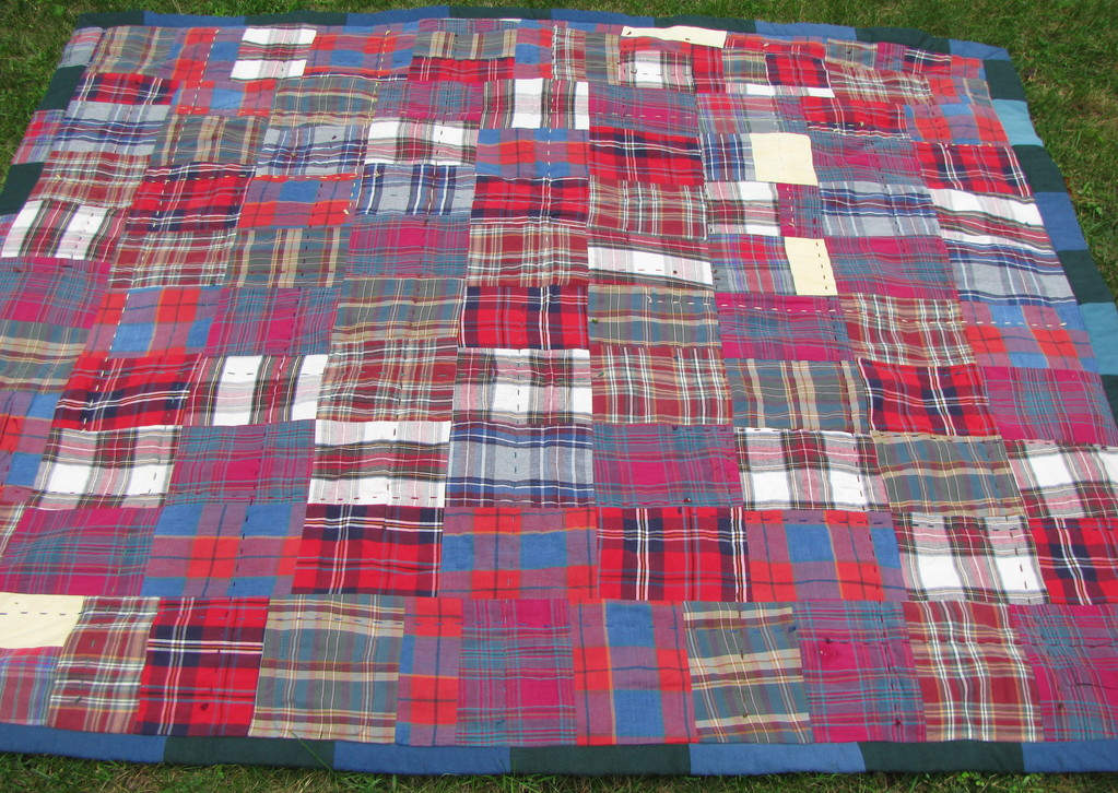 Image of: Red Flannel Quilt Patterns