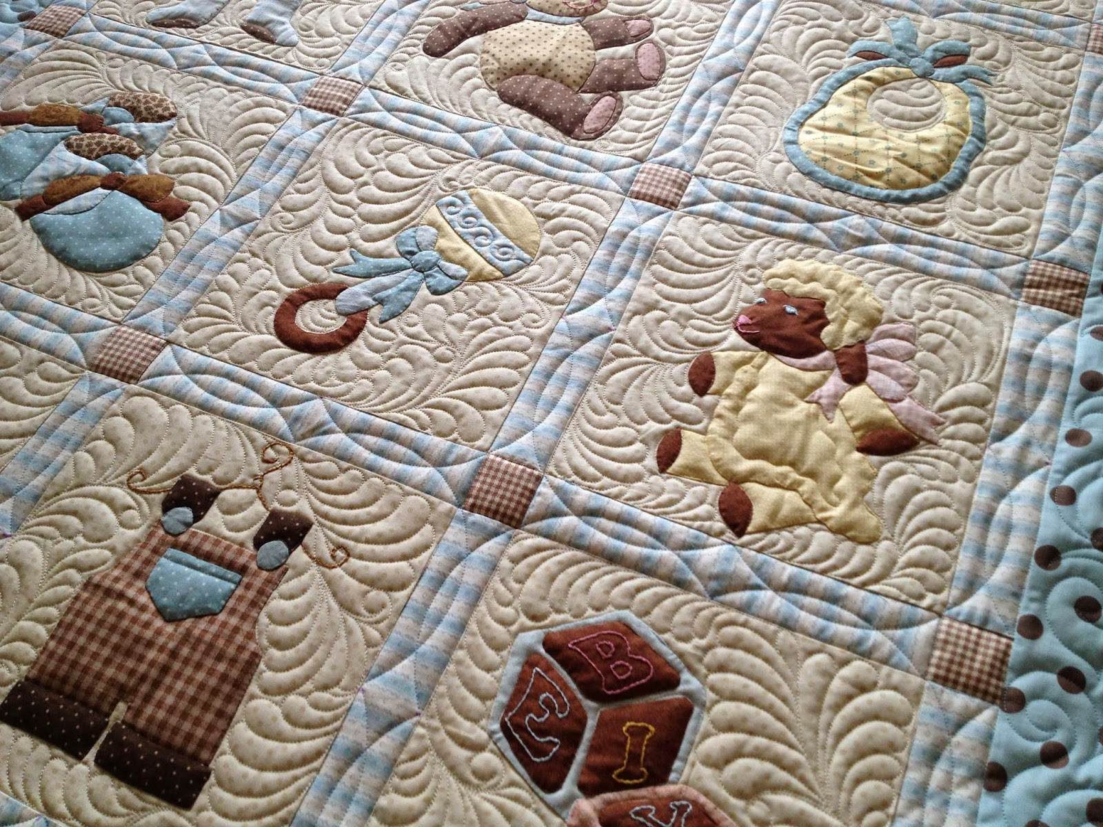 Image of: Sew Embroidered Baby Quilts