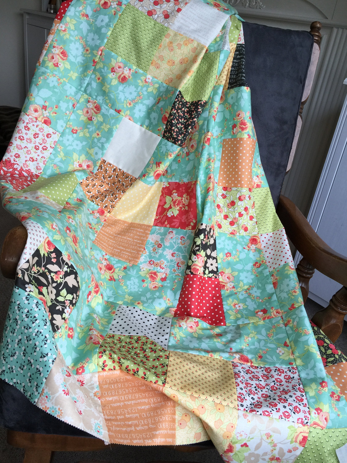 Image of: Sweet Pinwheel Quilt Pattern