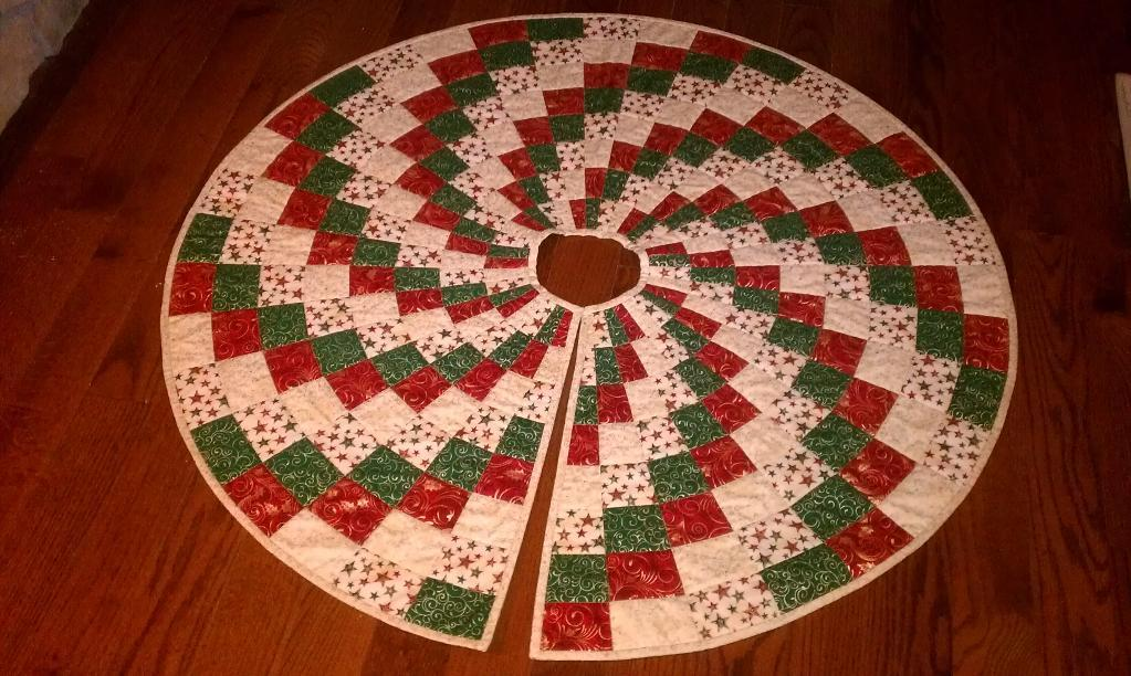Unique Christmas Tree Skirt Quilt Patterns