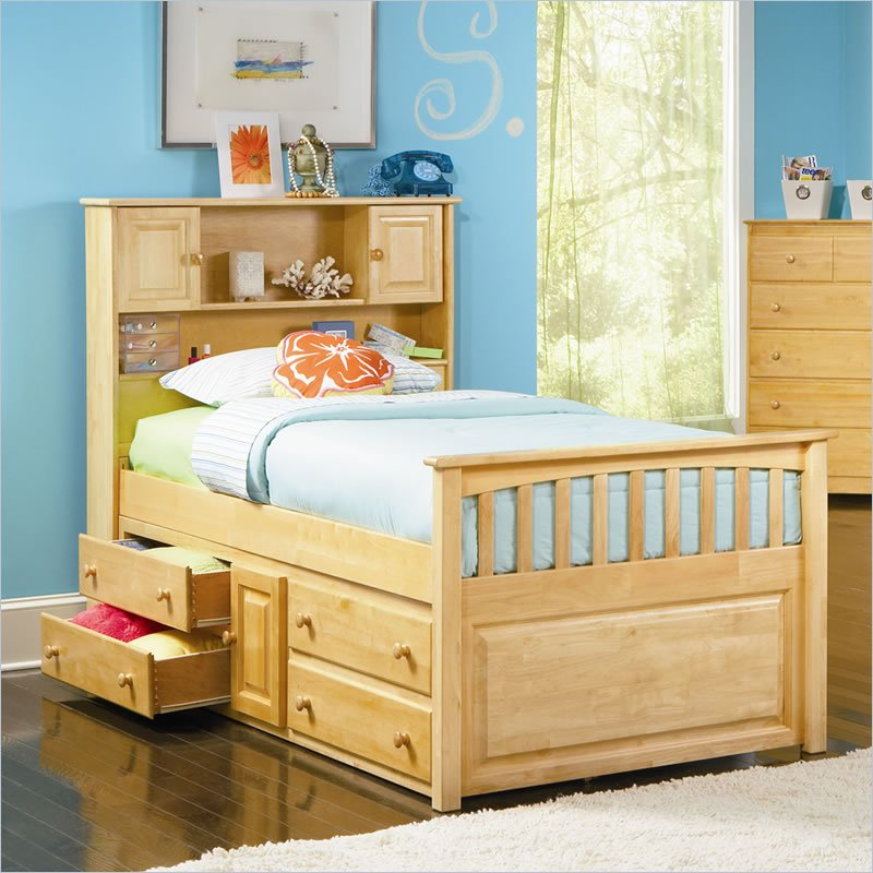 Picture of: Amazing Twin Captains Bed With Storage