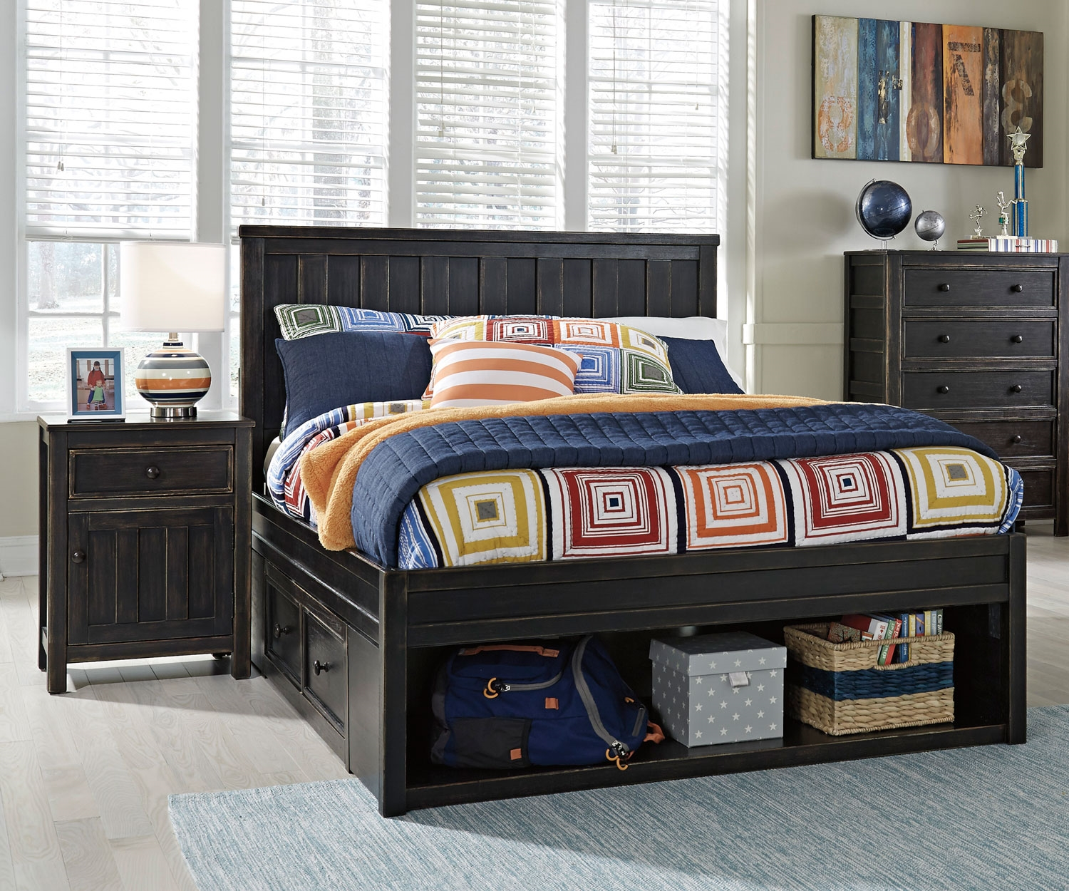 Image of: Ashley Furniture Bed With Storage and Headboards