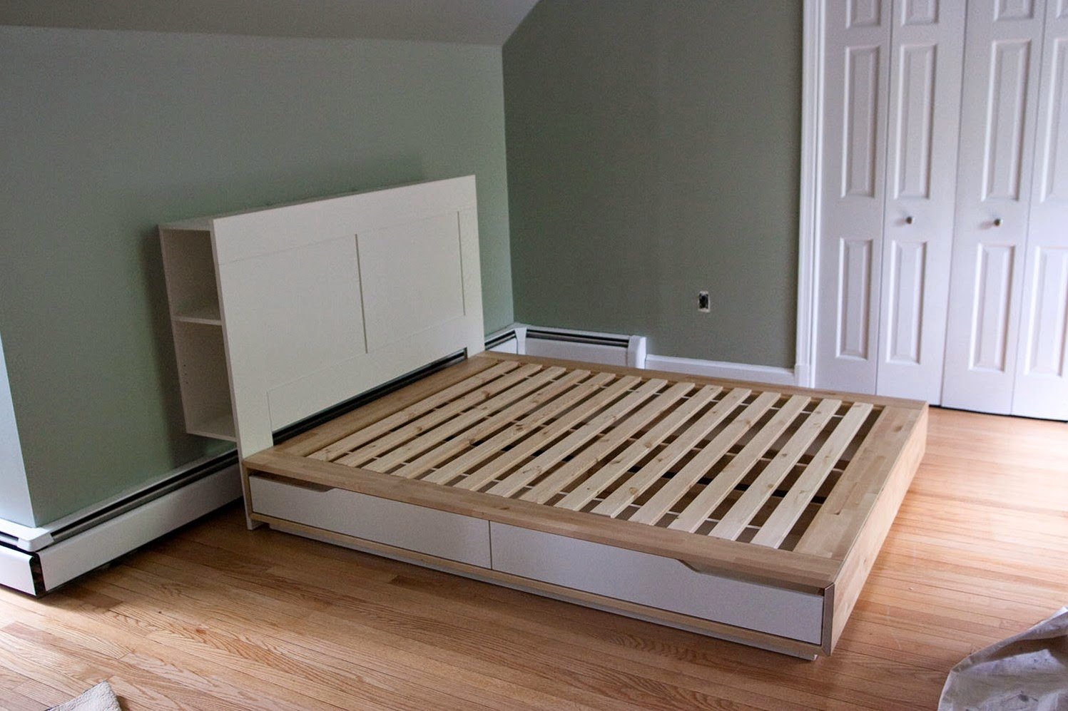 Image of: Bed With Headboard Storage Frames