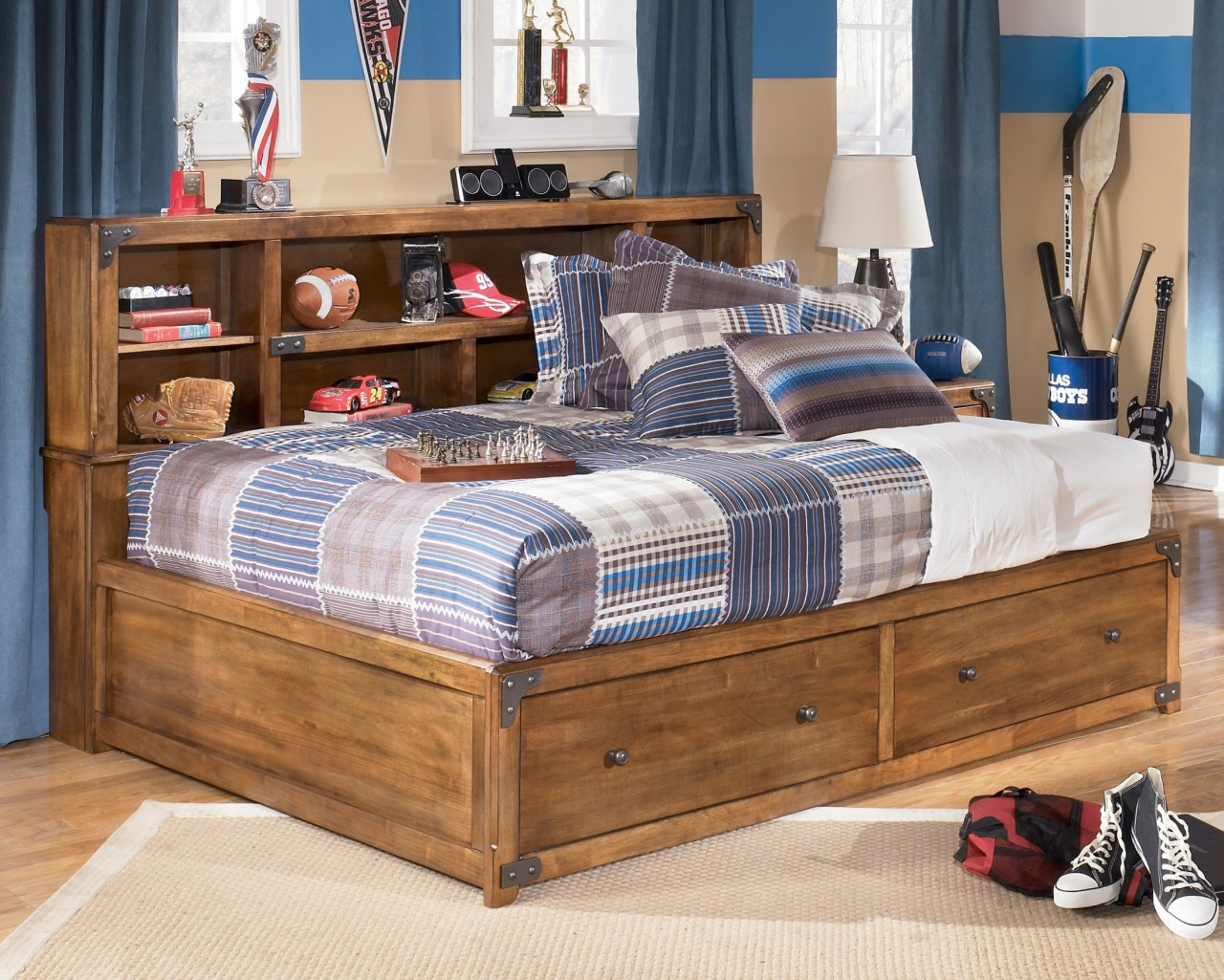Image of: Bed With Headboard Storage Kids
