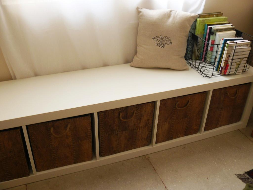 Bench Corner Storage Bed