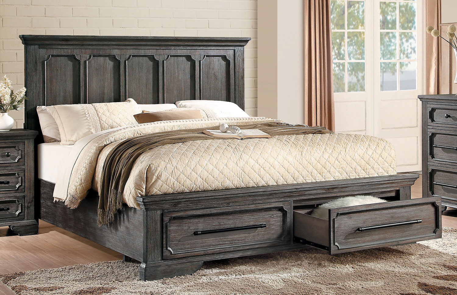 Image of: Best Rustic Storage Bed