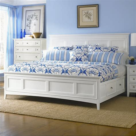 Picture of: Big White King Storage Bed