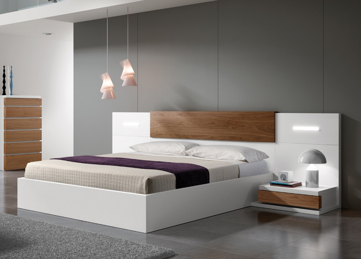 Picture of: Black Full Size Beds With Storage