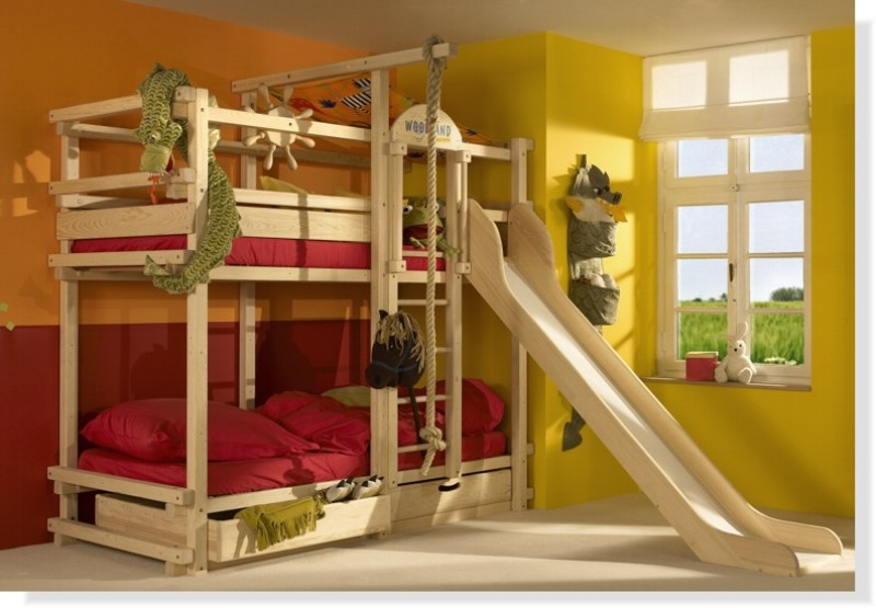 Image of: Bunk Beds With Trundle And Storage