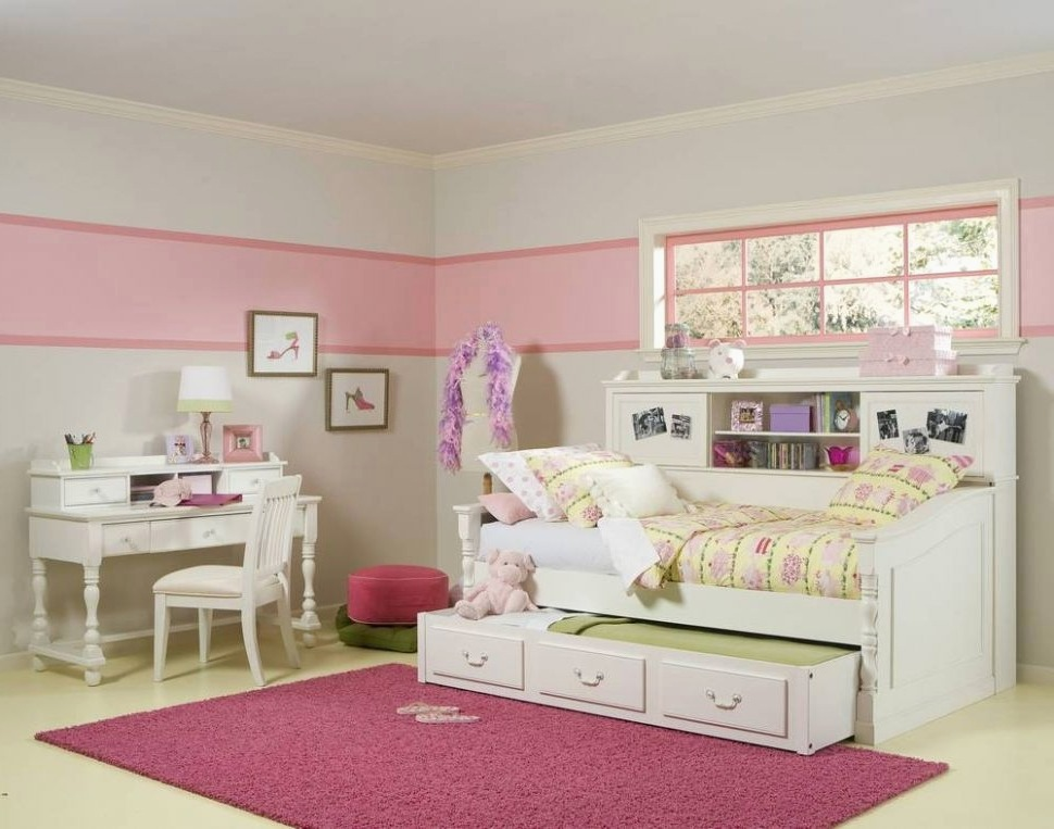 Image of: Corner Twin Beds with Storage Style