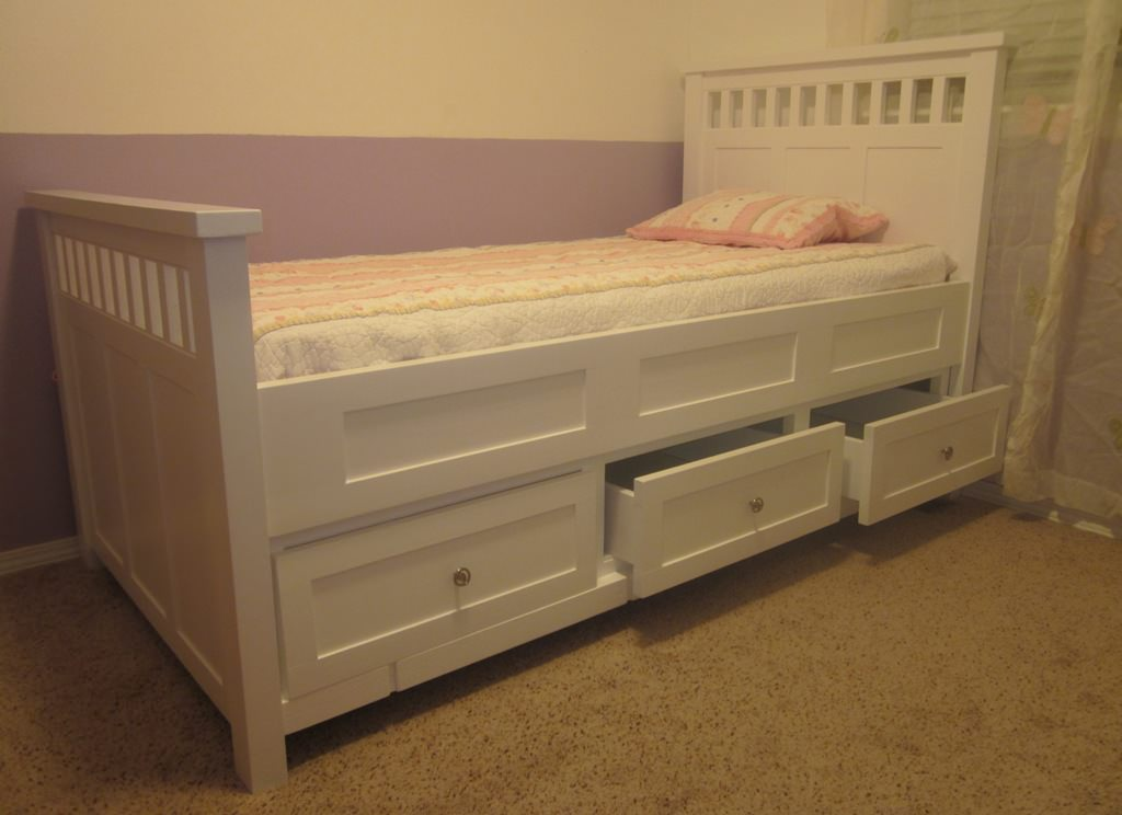 Image of: DIY Platform Storage Bed Plans