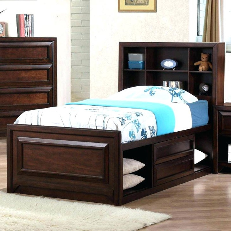 Image of: Fantastic Full Size Captains Bed With Storage