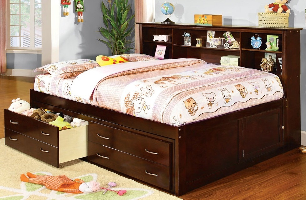 Image of: Full Size Captains Bed With Storage Drawers